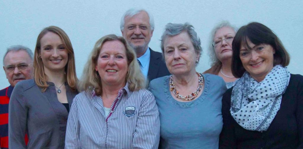 Josef Koob (Beisitzer), Annika Hildebrand (Schriftführerin), Dr. Barbara Reimer (1.Vorsitzende), Rolf Janka (Schatzmeister), Heidi Linnen, Heike Janka ( Beisitzerinnen) und Jutta Schrodt (2.Vorsitzende)